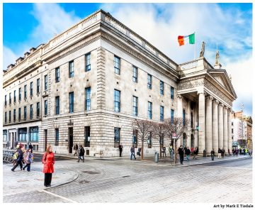 Photo of the Post Office on O'Connell Street in Dublin Ireland
